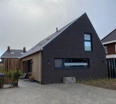 Recent opgeleverde moderne woning.